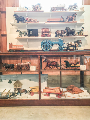 Triple Mountain Model Horses Breyer Horse-Drawn Vehicle Exhibit at Skyline Farm