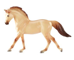 Breyer SM Warmblood disco'd for 2018