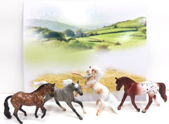 Breyer 2018 Stablemate Set Dapples and Dots at Triple Mountain