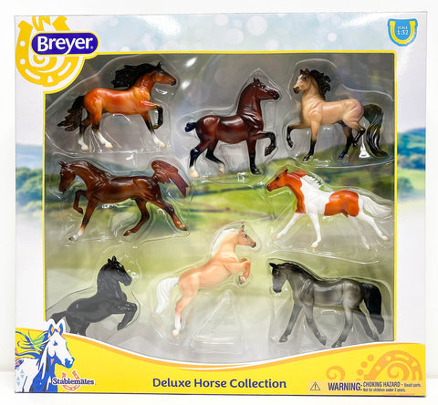 Breyer Stablemates Deluxe Horse Collection at Triple Mountain