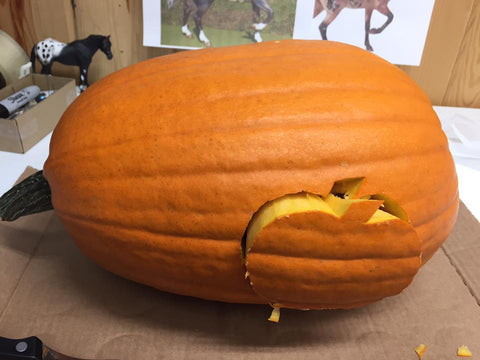 Triple Mountain Halloween Horse Pumpkin 2018 Nevermore - access hole