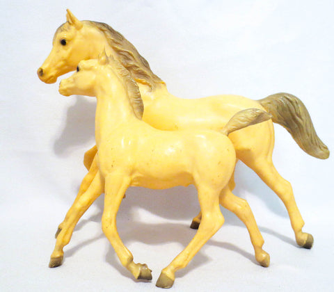 Breyer Running Mare and Foal before restoration