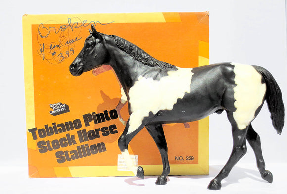 Stock Horse Stallion, Black Pinto w/Box VARIATION: One Sock B Stamp