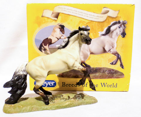 Mustang, Breeds of the World Series w/Box