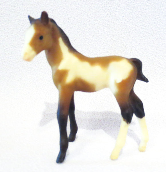 Thoroughbred Standing Foal, Bay Pinto - VARIATION: Light Color