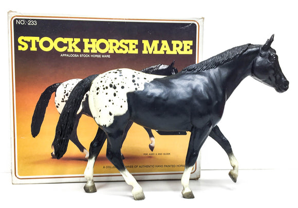 Stock Horse Mare, Black Appaloosa - Raised Leg Version w/Box