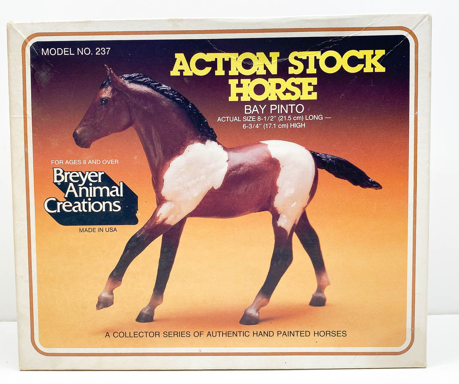 Box:  Action Stock Horse Foal, Bay Pinto