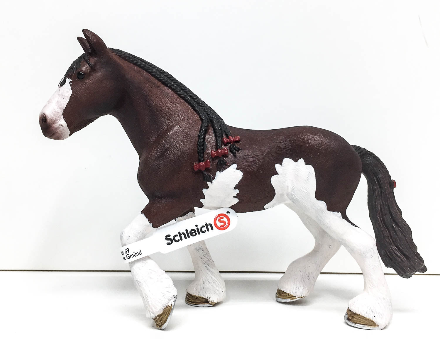 Schleich North America Clydesdale Mare Toy Figure 13809