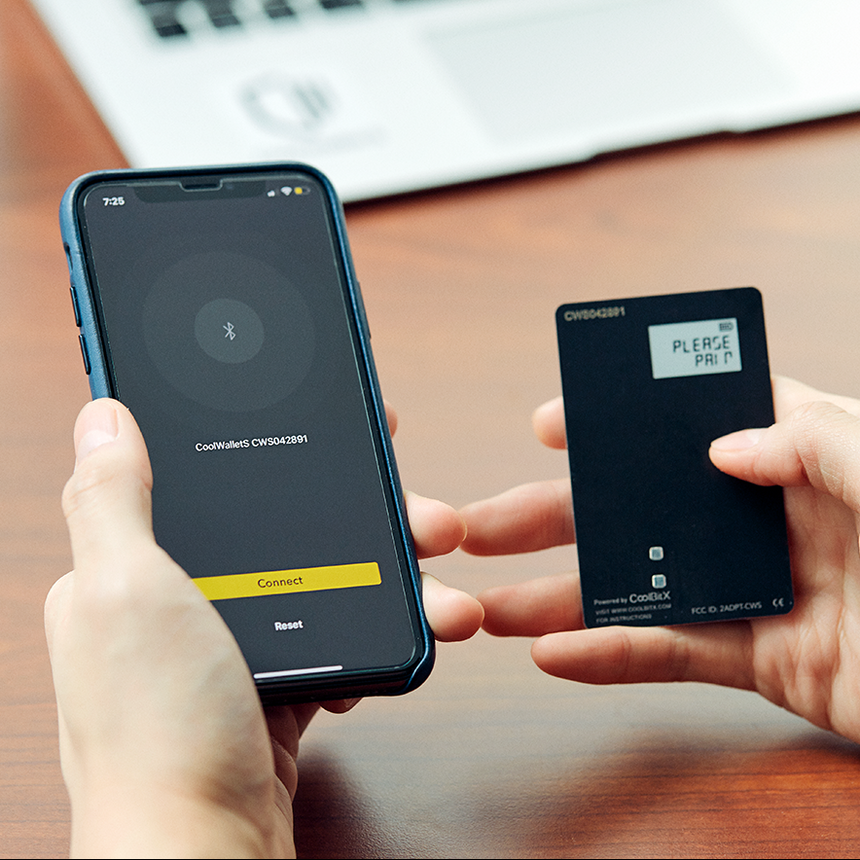 CoolWallet S by CoolBitX