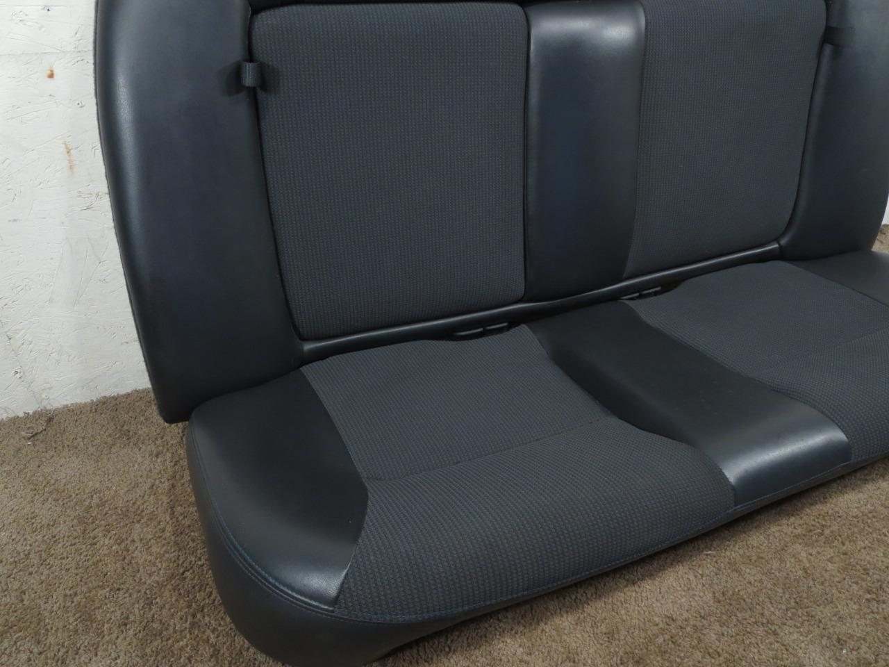 Tremendous Dodge Neon Srt4 Srt 4 Commemorative Edition Rear Seat 2003 2004 2005 Gmtry Best Dining Table And Chair Ideas Images Gmtryco