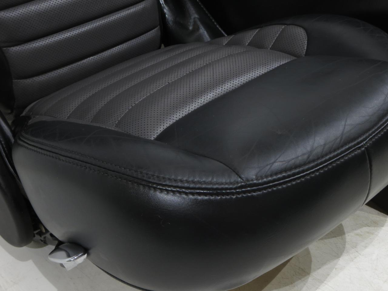 Strange Ford F 150 Harley Rear Leather Bucket Seats 1997 2000 2001 2002 2003 Squirreltailoven Fun Painted Chair Ideas Images Squirreltailovenorg