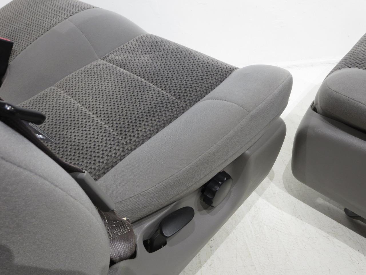 O on Dodge Ram Truck Replacement Seats