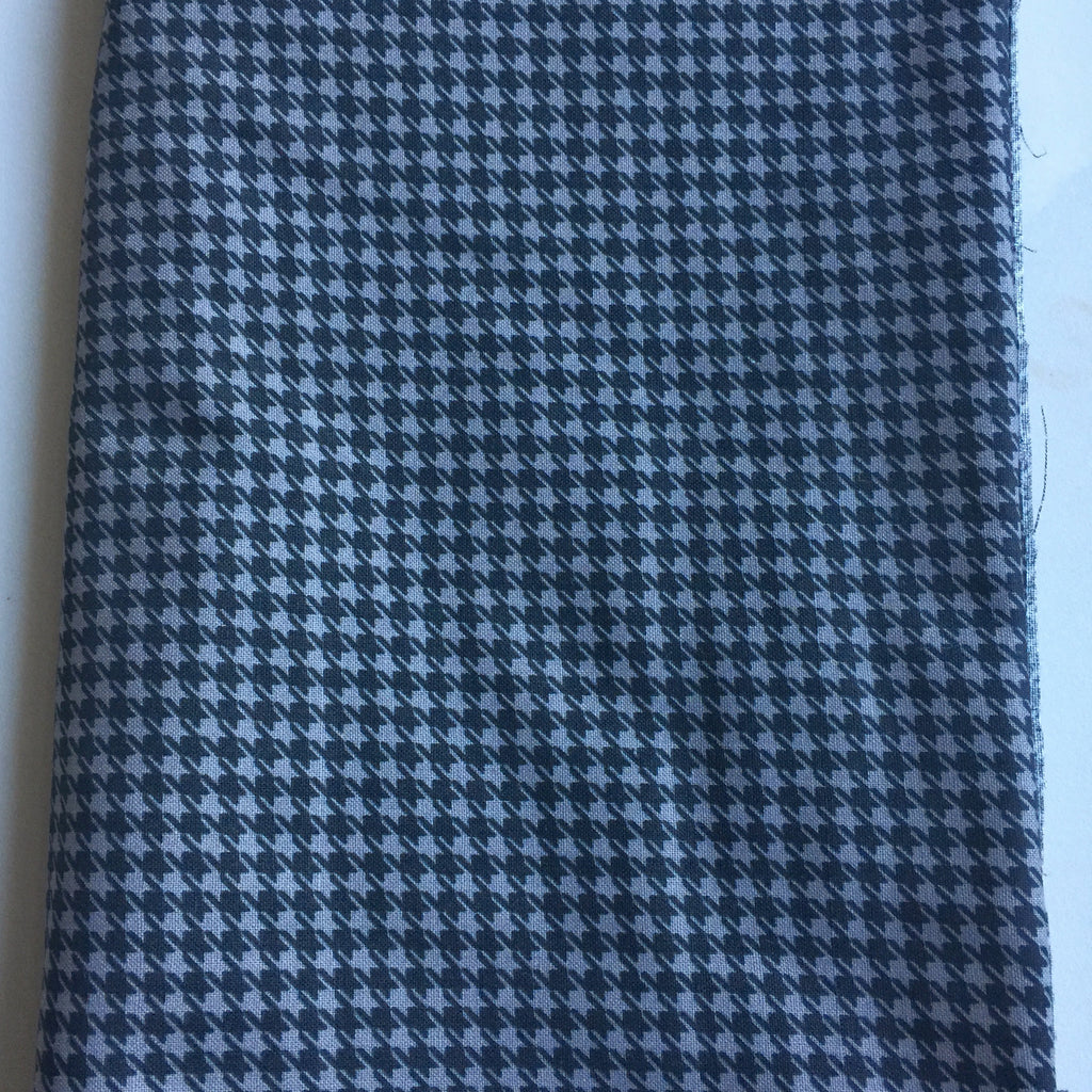 Black Gray Houndstooth Cotton Handmade Self Tie Bow Tie and Pocket Square Set