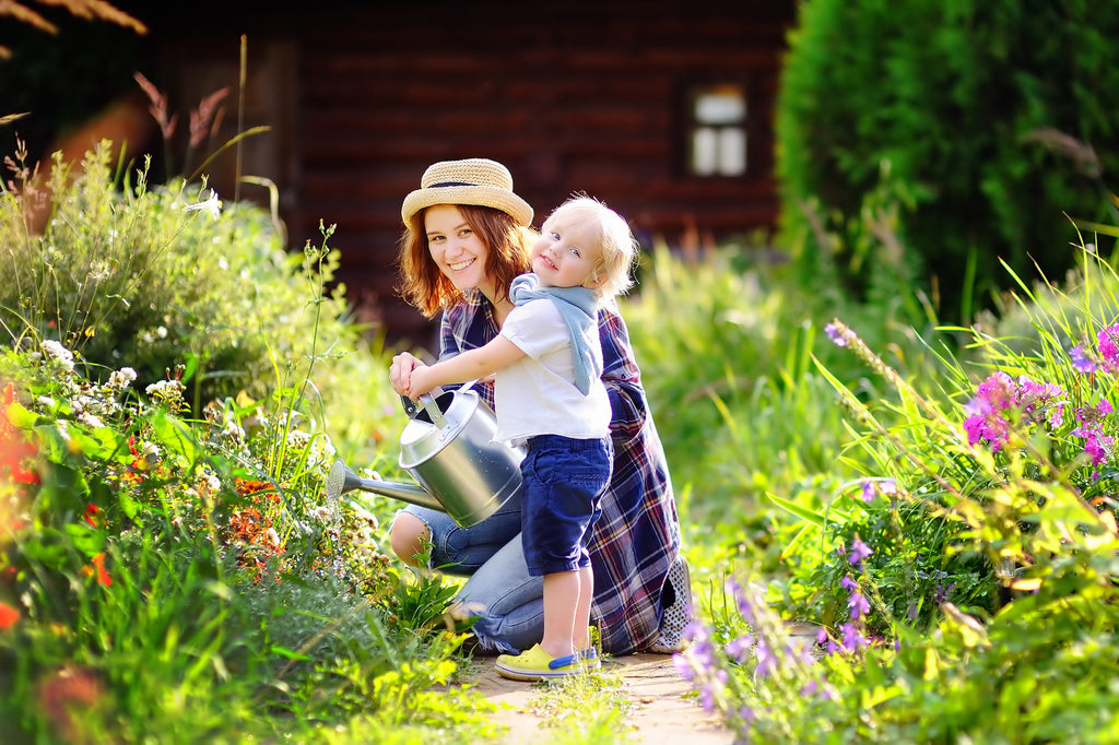 5 Gardening Activities to Do With Your Child