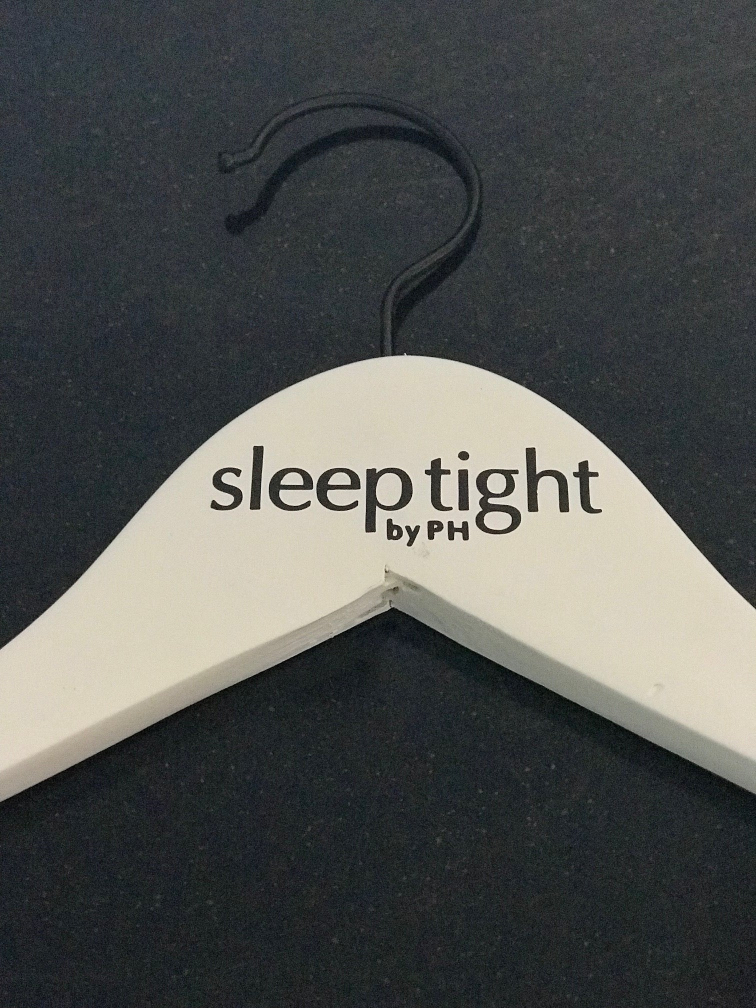 Sleep Tight Hanger
