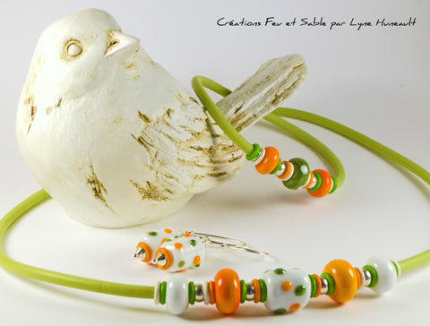 Necklace in Celeri and Orange Shades
