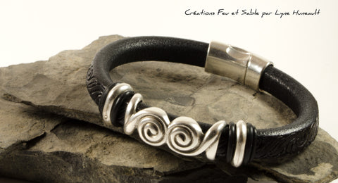 Black Textured Leather and Silver Tone Double Swirl