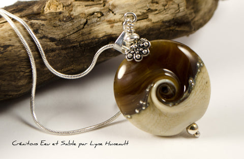 Life Swirl - Maple and sand - Pendant with Chain