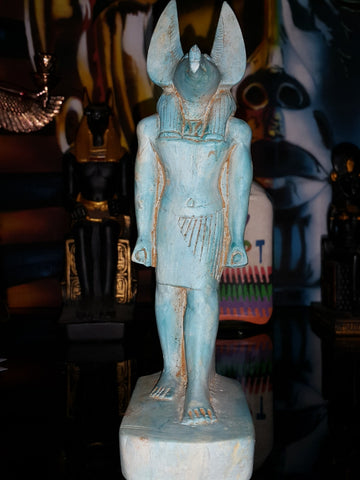 museum-quality-fiance-style-reproduction-anubis-22cm-tall-made-in-egypt