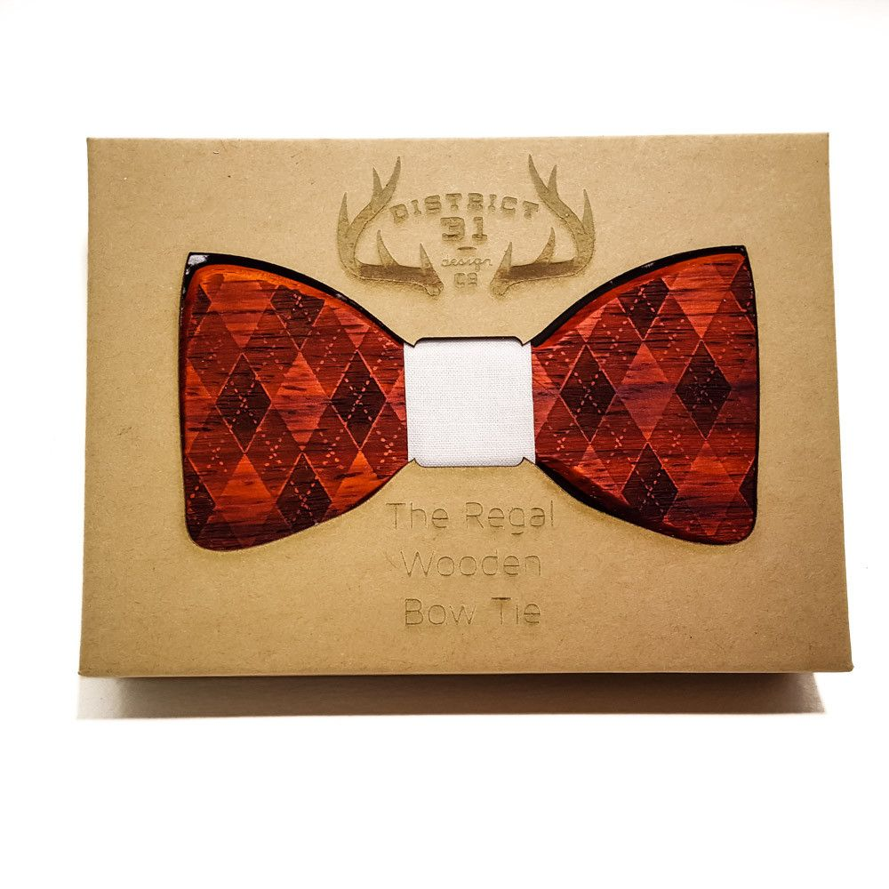 The Regal Wooden Bow Tie   Argyle