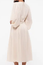 Load image into Gallery viewer, Cream Balloon Sleeve Dress