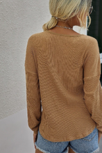 Load image into Gallery viewer, Ribbed Long Sleeve Crew