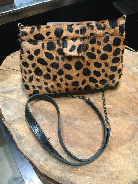 Small frame clutch with strap - Leopard