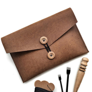 22 April 2017: Leather Clutch Workshop