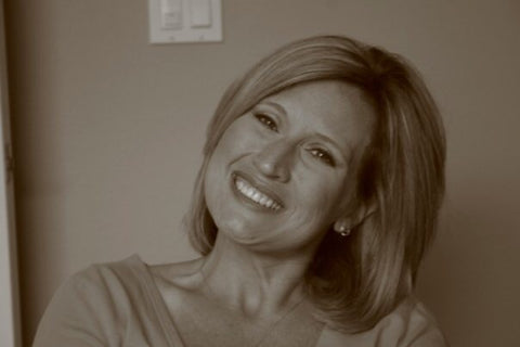 Amy Maloy, Founder and Creator of RoseThreads