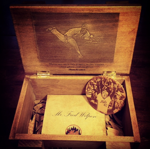 Met's Baseball Custom Wooden Gift Boxes