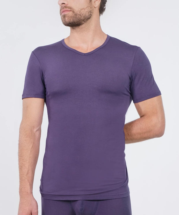 T-Shirt V Neck - Essentials