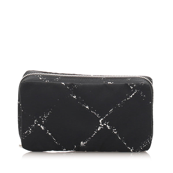 Black Chanel Old Travel Line Nylon Pouch