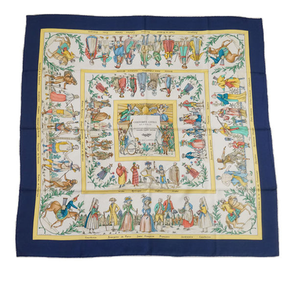 Blue Hermes Costumes Civils Actuels Silk Scarf