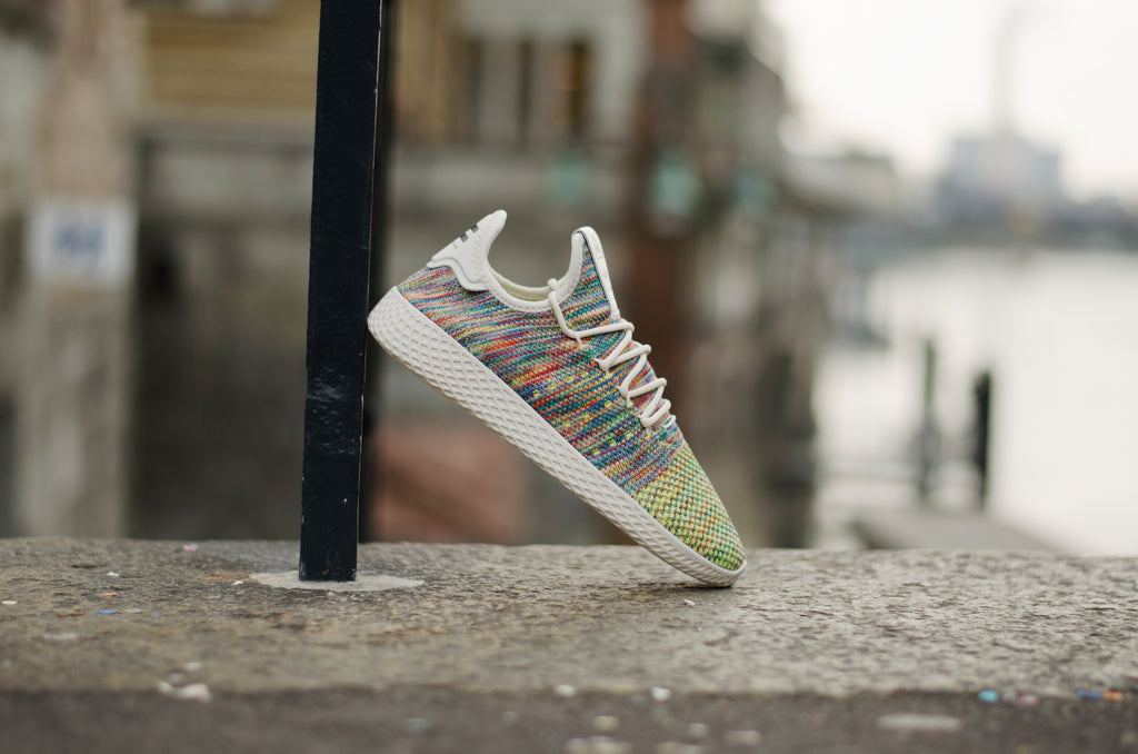Adidas Pharell Williams Tennis Hu Primeknit Multicolor