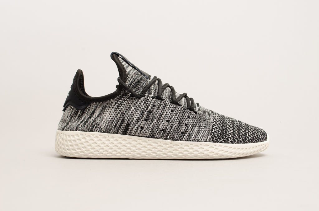 Adidas Pharell Williams Tennis Hu Primeknit Oreo Black/White CQ2630