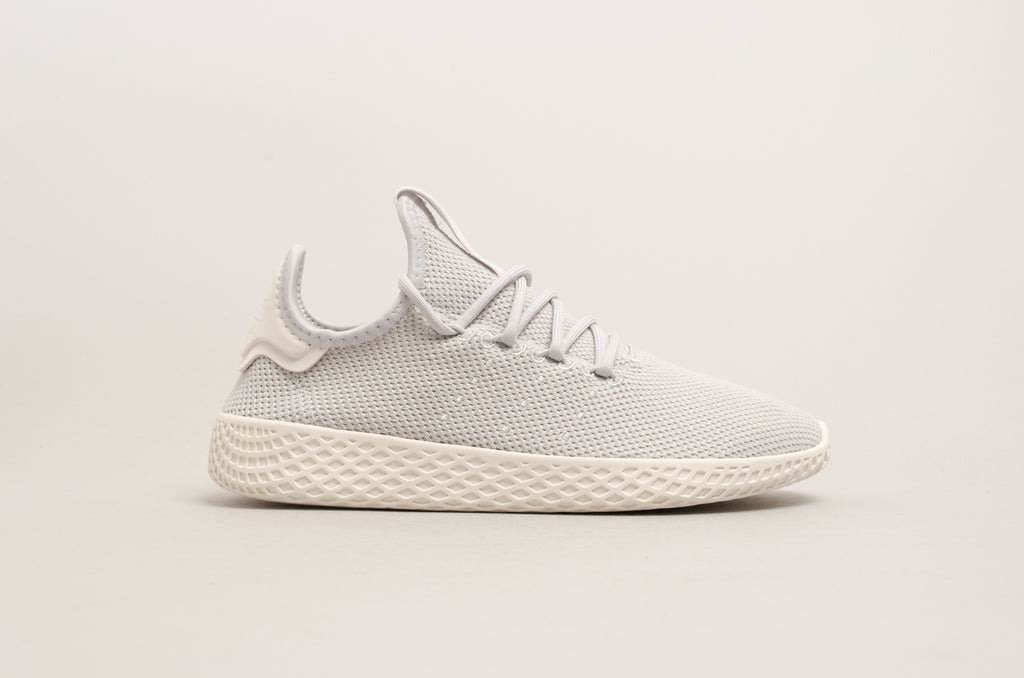 51ef35bd55a09 Adidas Pharell Williams Tennis Hu W Grey Chalk white DB2553 ...
