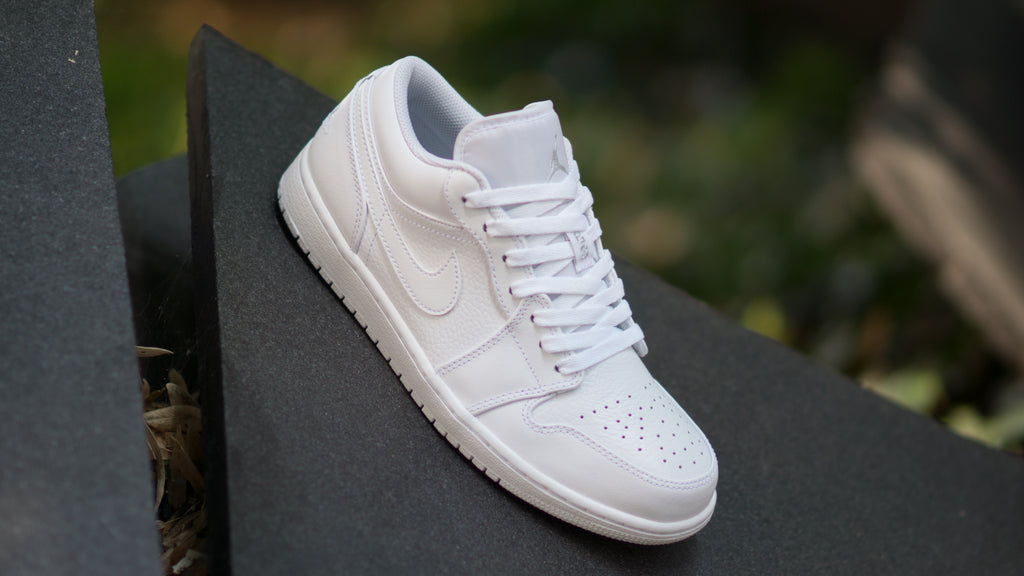 Air Jordan 1 Low ( White ) 553558-109