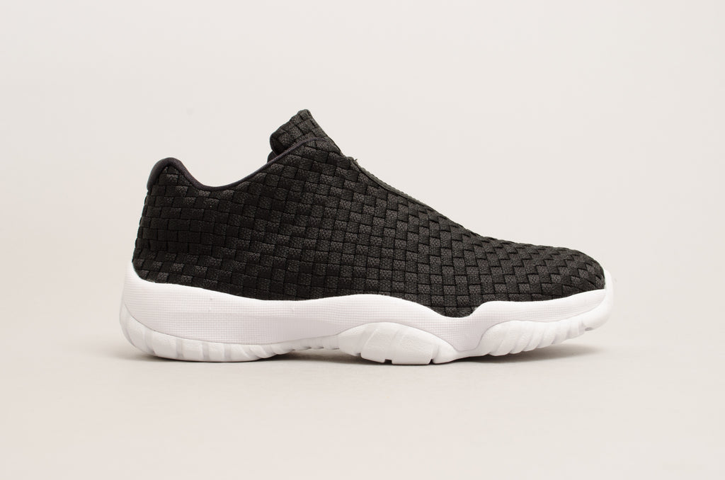 Air Jordan Future Low Black / White 718948-002