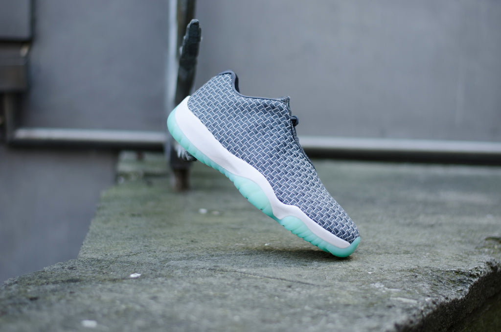 2d26e238e17 ... sale air jordan future low wolf grey emerald rise mint green 718948 006  baf3f d5263