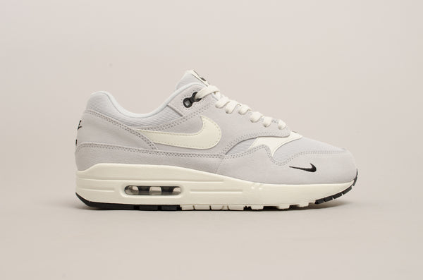 super popular 1c735 75109 Nike Air Max 1 Premium ( Pure Platinum   Sail   White   Black ) 875844