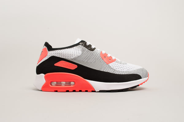 sports shoes 12201 3d4cf Nike Air Max 90 Ultra 2.0 Flyknit 881109-100