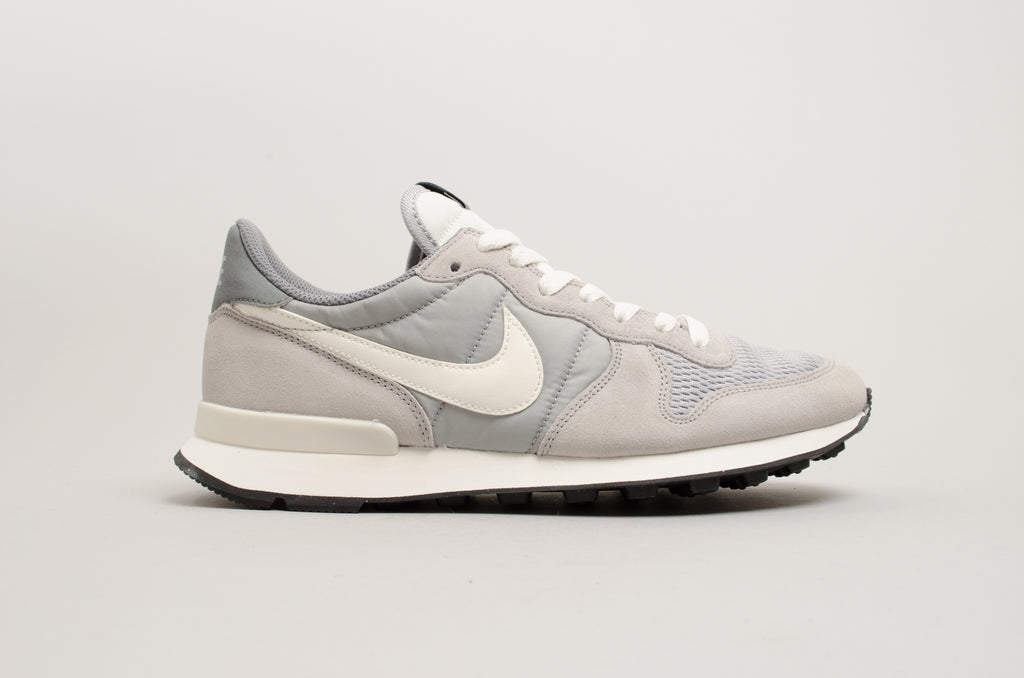 Nike Internationalist 828041-015