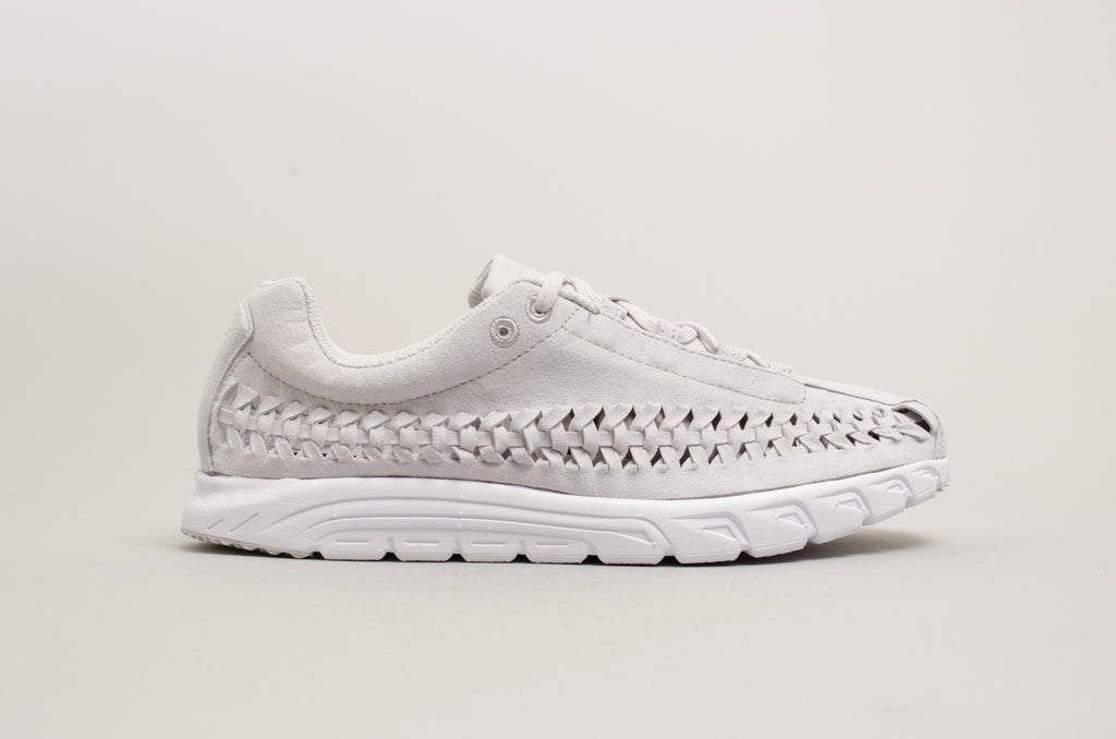 33dec18b90e Nike Mayfly Woven Neutral Grey 833132-005 ...