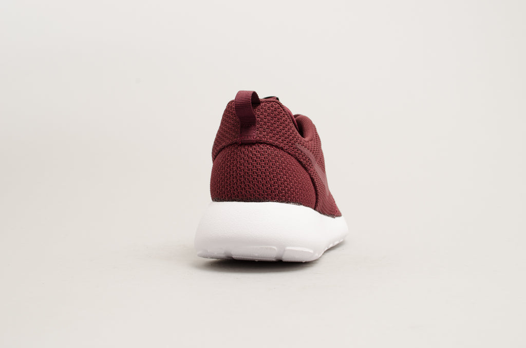 Nike Roshe One Night Maroon Burgundy 511881-605