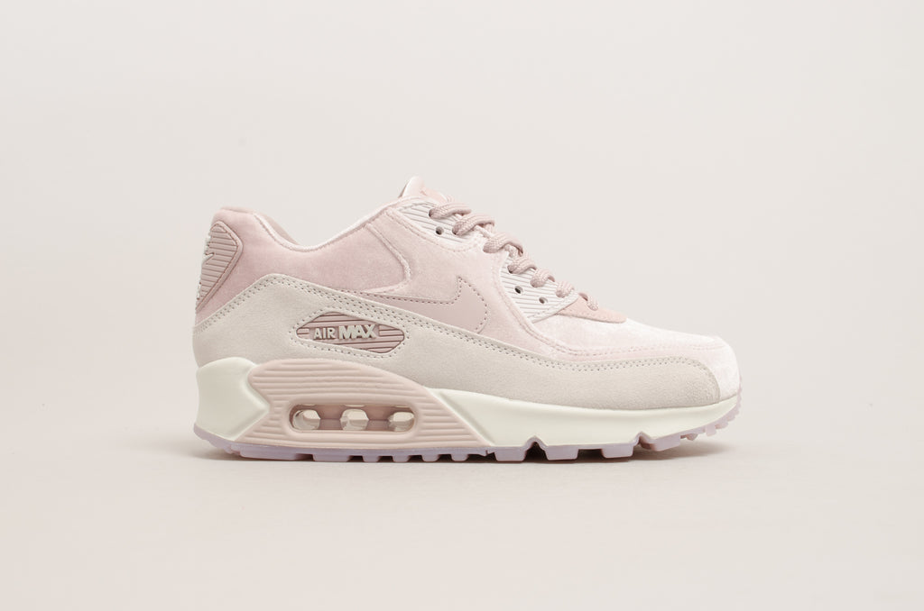 Nike Women's Air Max 90 Luxe Velvet Particle Rose 898512-600