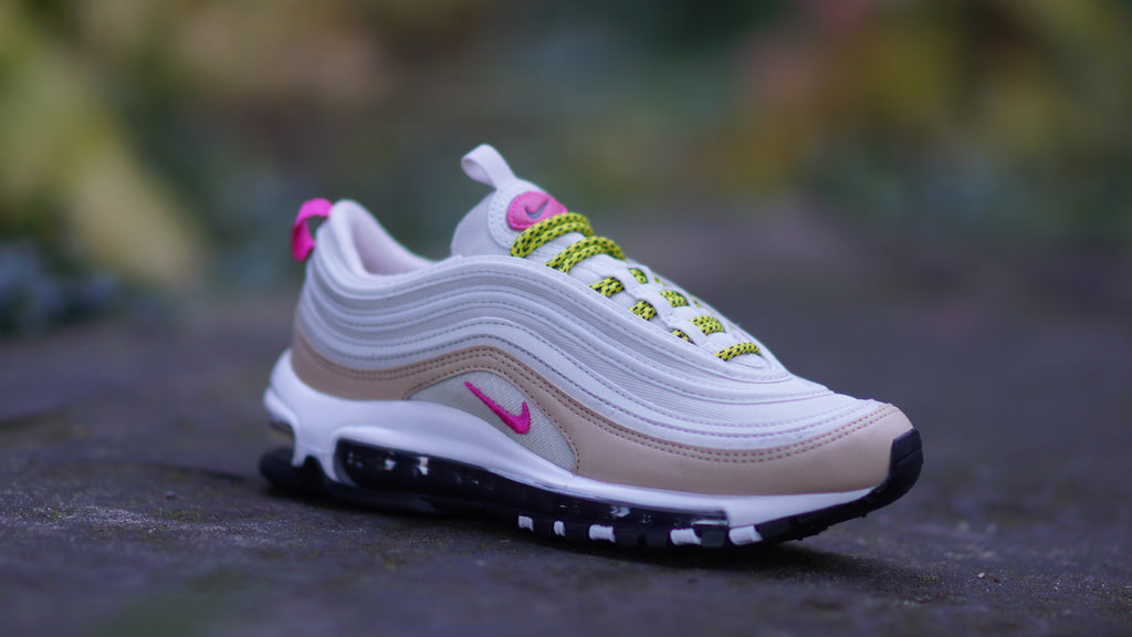 Nike Women's Air Max 97 Light Bone/Deadly Pink 921733-004