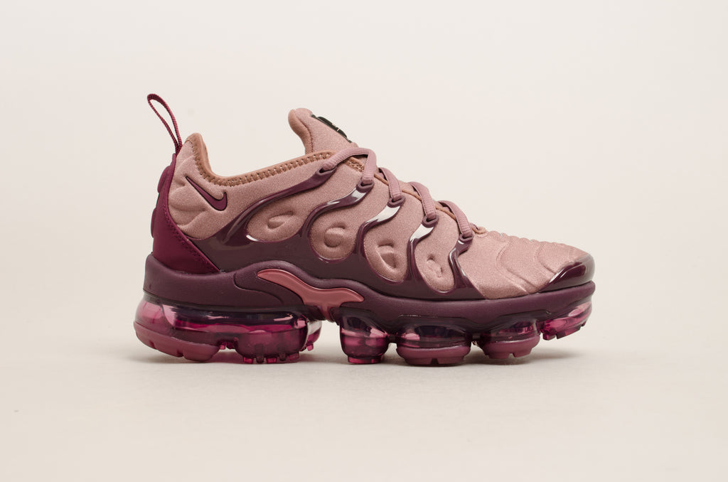 new product 28088 f2f85 ... real nike womens air vapormax plus smokey mauve bordeaux 72a7a c8b7d ...