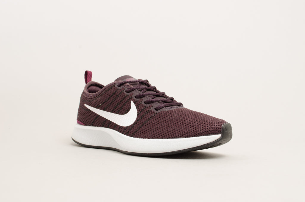 Nike Women's Dualtone Racer Port Bordeaux/White 917682-604