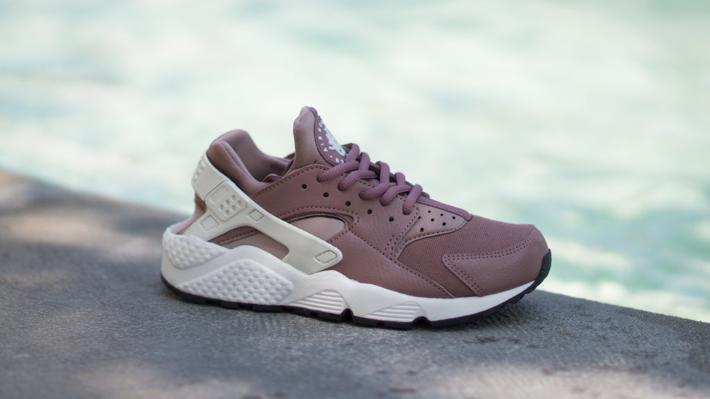 6be649cf17d0 ... Nike Women s Air Huarache Run ( Smokey Mauve  White   Taupe ) 634835-203
