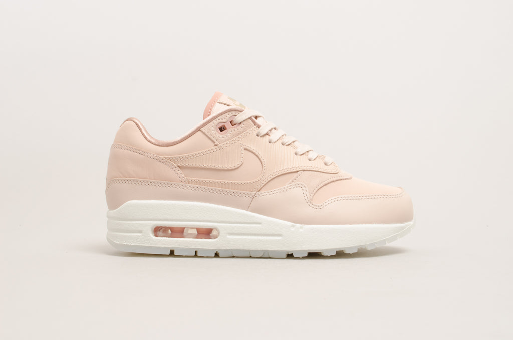 detailed look be812 e6605 Nike Womens Air Max 1 Premium Particle Beige 454746-206 ...